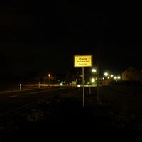 Anfahrtsansicht am Ortseingang von Haag. Man hat gerade erst die Lichtschrankenmessung Höhe Poppenreuth hinter sich gebracht...