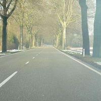 """Anfahrt von Venlo (Wellerlooi). Links stehen """"sie"""" auch schonmal. Siehe Serie 6659 und 6672."""