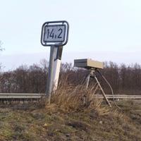 Hier am Km 14,2 Schild stand der Einseitensensor.