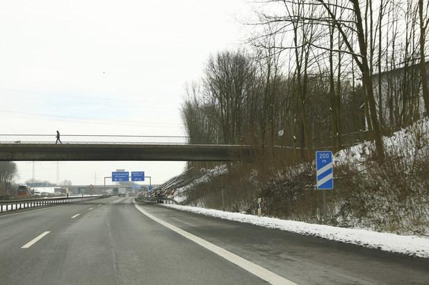 Normal_autobahn42-17022010-3