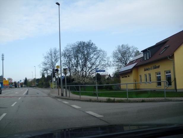Normal_02977_hoyerswerda_b97_kamenzer_bogen_richtung_dresden-3