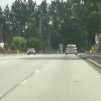Blitzer im Opel Zafira, im Bild auf rechtem Fahrstreifen parkend.