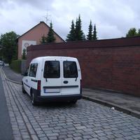 Ein weißer Kastenwagen mit Nürnberger Kennzeichen in Schwabach kann durchaus zu teuren Fotos führen.