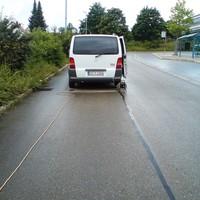 Meßfahrzeug: Weißer Vito KA-Y 1364. Gruß an das freundliche Meßpersonal!
