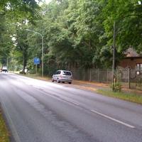 hier der Opel Zafira immer noch mit RZ-H 627 unterwegs. Etwas auffällig geparkt. Welcher Fahrzeugführer stellt dort sein Auto ab ?!?! Aber es blitze trotzdem