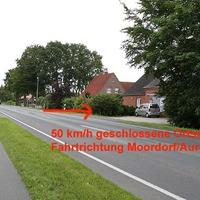 mobile Geschwindigkeitsüberwachnung 50 km/h in Moordorf, Neue Straße, Fahrtrichtung Moordorf / Aurich (zur B72)