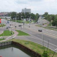 NL Kreuzung Naaldwijk Strasse N213   zwei Rotlichtblitzer
