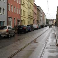 Messung in Schulnähe - selten in Schwerin. Die Messung findet auf Höhe des roten Hauses statt.