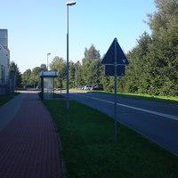 Anfahrtsansicht Richtung Chemnitz...das Messfahrzeug der silberne Golf steht auf dem Mitarbeiterparkplatz vom Kaufland