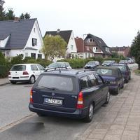 """Da steht der """"Blitzer""""-Caravan. Stadteinwärts in Rtg. Sonderburgstrasse / Düppelstrasse zur Schönböckenerstrasse..."""