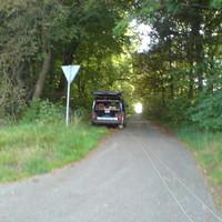 Meßbus: blauer T4. Amtl. KZ: WN-YW 207