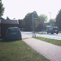Fahrtrichtung Scherenbostel, am Ortsausgang. Blitzer von Gemeinde, bearbeitet vom Landkreis.