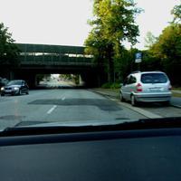 Geblitzt wird stadteinwärts aus dem Heckfenster des Zafira RZ-H 627 ...