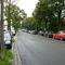 Gemäß Verkehrsüberwachungsrichtlinie wurde hier nicht der vorgegebene Abstand zum Schild eingehalten, da die von links einmündene Härtleinstraße einen Unfallgefahrenmoment darstellt!