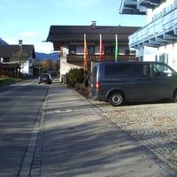 Meßbus auf dem Parkplatz des Museums. 3 Kameras im Einsatz. Zusätzlich noch die 4.1.