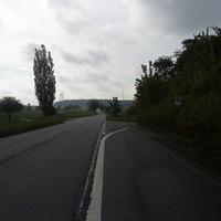 Anfahrt auf die Messstelle in richtung Sulzbach; Hier wird gut und gerne die vorgeschriebene Höchstgeschwindigkeit von 70 kmh überschritten.