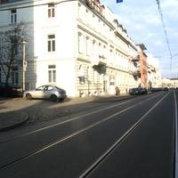 Anfahrt vom Marienplatz kommend Rtg. Bahnhof fahrend Höhe Paulskirche (Ecke Moritz-Wiggers-Straße, Fahrschule Wiesenberg). Kurz vor der Messung.