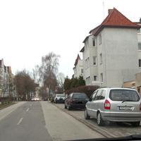 DA STEHT HEUTE DER OPEL ZAFIRA, an der Ecke Mittelstrasse im Töpferweg...