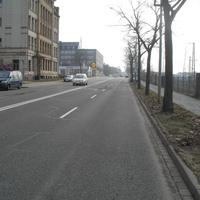 Anfahrt Richtung Innenstadt, der VW T5 ist schon auf dem Seitenstreifen zu erkennen