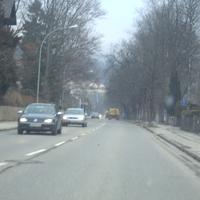 Anfahrt aus Richtung Ortskern in Richtung Burgrain.