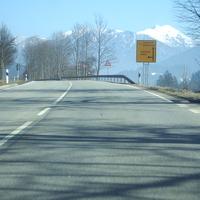 Hier die Anfahrt Richtung Mittenwald mal ohne Schnee.