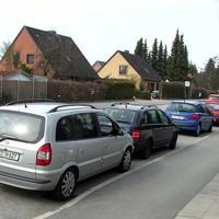 Heute RZ-H 627 am silbernen Opel-Zafira...