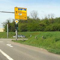 Aufgenommen am 6.4.2011 gegen 12:30 an der B39 aus Weisloch kommend vor der Einfahrt Walldorf-Zentrum. Anlage wurde gerade wieder abgebaut, daher ist der ES Sensor nicht mehr zu sehen.