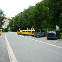Nicht nur die gelben PKW sorgen für Post - auch der hellgraue VW kümmert sich indirekt um das Verschicken böser Briefe ;-)