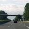 Anfahrt. Hier wird von 120 auf 100 reduziert.  Merkmal: Brücke und Rastplatz. Danach sollte man mehr auf die Verkehrsschilder als den Verkehr achten.