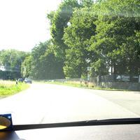"""In der Einfahrt zum Hof Springbek rechts steht der ES-Sensor und gerade aus sieht man das """"Blitzgeschirr"""" in Fahrtrichtung Reinfeld..."""