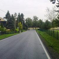 Anfahrt Richtung Oederan ... Rechts erkennt man das Sportlerheim ...