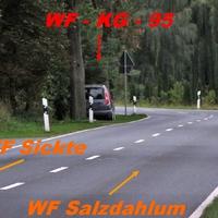 Der Graue Skoda Rommster WF-KG-95 zwischen Sickte und Salzdahlum in der 50er Zone