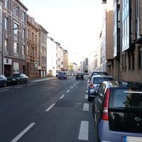 Anfahrt auf den Blitzer - wer sieht ihn? Radarwagen der Stadt Bonn Fahrtrichtung: Stadtwauswärts  Erlaubte Geschwindikeit: 30 Km/h