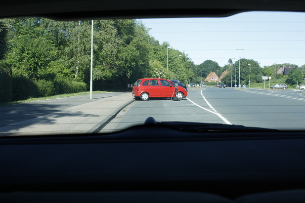 Normal_roter_opel_whv-zd_123_3_