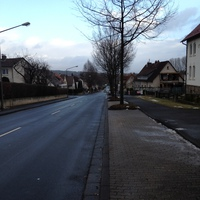 Frommershäuser Straße, stadtauswärts.