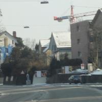 Fahrbahn Richtung Hirzenbach (Anfahrtsansicht)