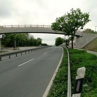 beidseitiger Blitzer! auf dem Kipphut bei Sarstedt. Dort gilt 70 (warum auch immer, keine Kurve oder Ampel, selbst für Fußgänger gibts eine Brücke). Beide Fahrstreifen werden überwacht! Von Weitem nicht gleich erkennbar