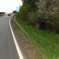 Unmittelbar vor der A 24, Meßgrund: Radweg wechselt hier die Straßenseite, erhöhte Unfallgefahr