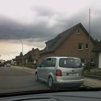 Messfahrzeug blitzt in beide Richtungen