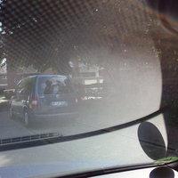 Dunkel grauer Caddy. Blitzt in beiden Richtungen Kennzeichen UN-LR 2010! Meist ist kein Fahrer im inneren zu erkennen.