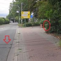 Mannheimer Strasse, LU-Oggersheim: Unweit der grossen Kreuzung zur Sternstr. wurde stadteinwärts gegenüber von McDonalds/AmericanFitness wieder gemessen. Koaxialkabel auf der Fahrbahn.
