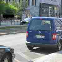 VW Caddy, blau, Laser