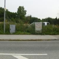 hier zu sehen: Messwagen vom Typ VW T5 hinter dem Stromkasten. Rechts im Bild der ES. (Leider ) nicht zu sehen im Bild Kamera & Blitz. Bei der weiterfahrt um bessere Bilder zu machen wurde schon abgebaut
