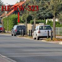 Waldgrüner Golf 4 Variant (HE-RW-323) auf der B 248 am OA Lehre Richtung Braunschweig. 50 Kmh. Nach der Fußgänger Ampel rechts in einer Parkbucht geparkt.
