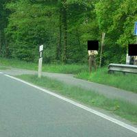 Anhalteposten Richtung Ampelkreuzung B221/L373