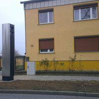 Der Kreis hat diesen sogenannten Traffitower für 60 000 Euro gekauft und in der Bechliner Chaussee in Neuruppin aufstellen lassen.