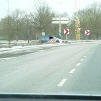 Die Koninklijke Marechaussee(Niederländische Nationalpolizei)macht hier Stichproben auf gut glück bei der einreise nach Holland.