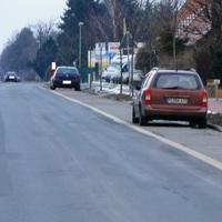 der PE BK 437 Opel in Groß Lafferde Rtg. BS fahrend auf der B1