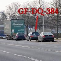 Der graue VW Passat Kombi (GF-DQ-384) auf der Hansestraße rechte Seite in der Parkreihe. Er blitzt stadtauswärts Richtung Walle / A2. 50 Kmh.