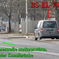 Grauer Blitzer VW Caddy Maxi (BS-EL-794), auf der Hansestraße stadtauswärts, Richtung Walle / A2, höhe der Spedition Schnellecke rechte Seite auf dem Parkstreifen. 50 kmh.
